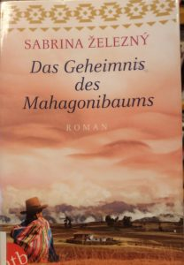 Das Geheimnis des Mahagonibaums von Sabrina Zelezny